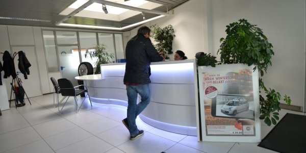 empfangstheken-referenzen-Autohaus-Scholz-gesamt-2