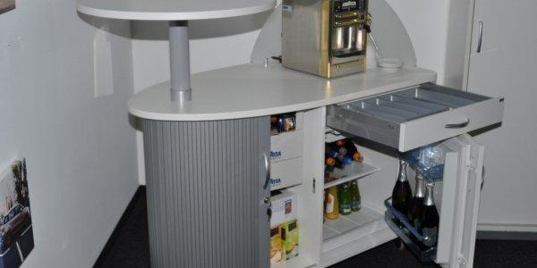 empfangstheken-referenzen-Fiat-Deutschland-kaffeetheken