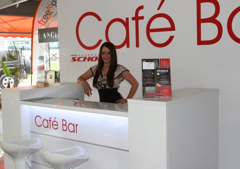 empfangstheken referenzen Kleine Kaffee und Beratungstheke Autohaus Scholz