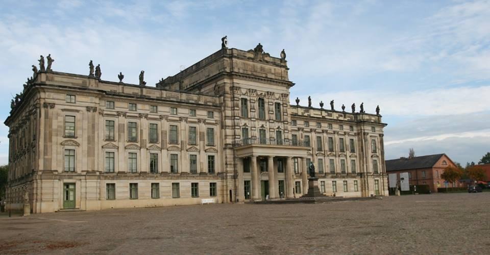 empfangstheken referenzen Schloss Ludwigslust