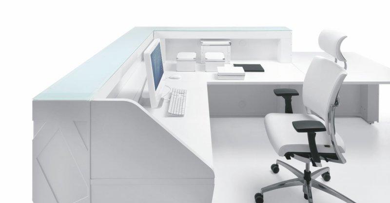 kosmetik-empfangstheken-verkaufstheken-computer-stuhl