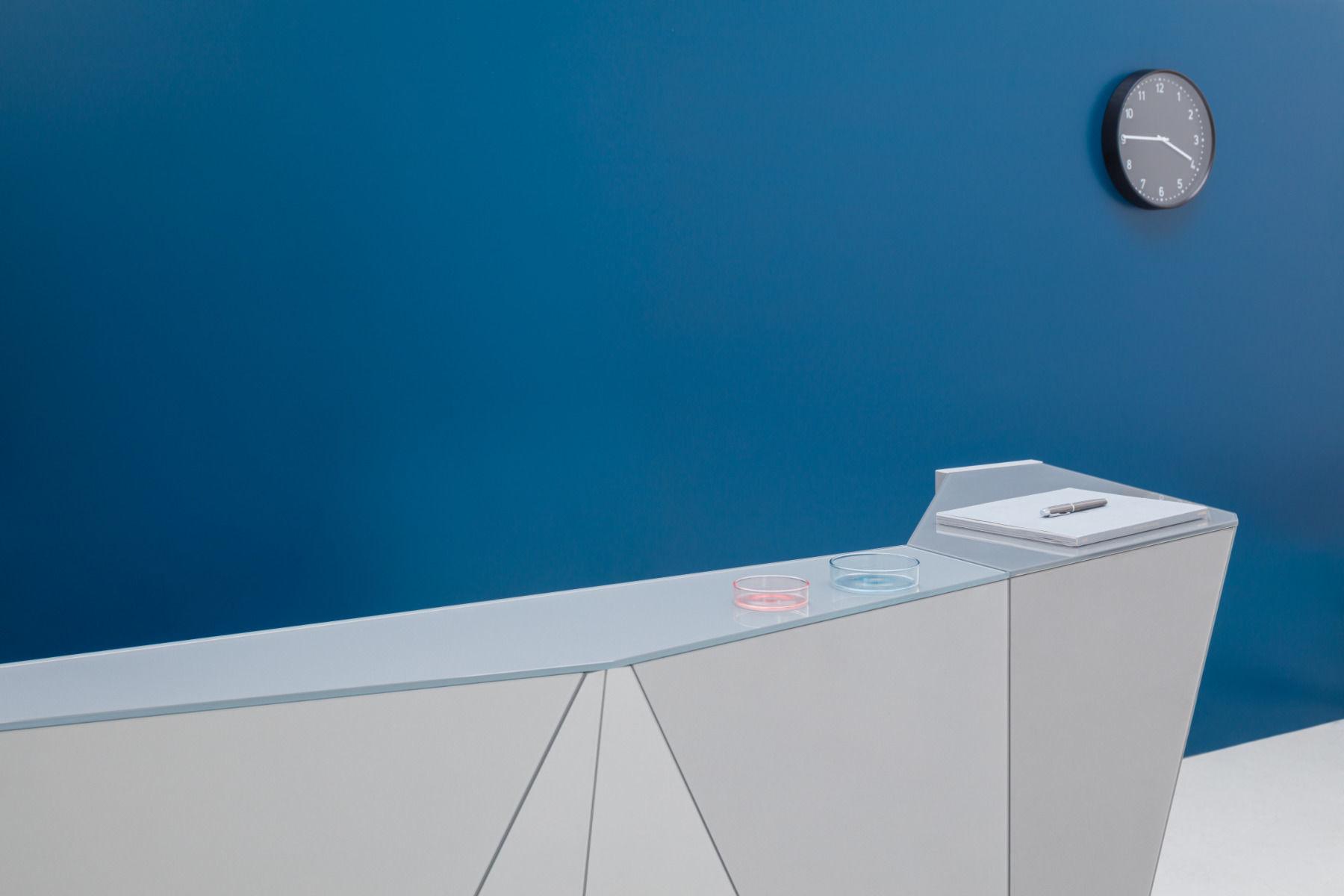 empfangstheken guenstig museum hochglanz grau details top