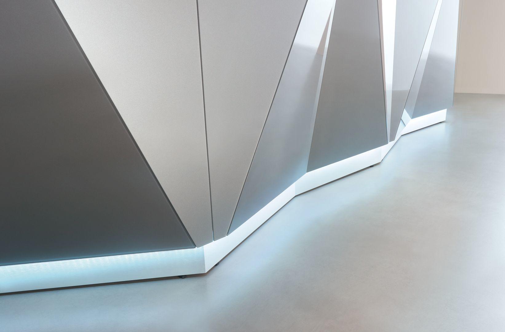 empfangstheken guenstig museum hochglanz weis musuem details front