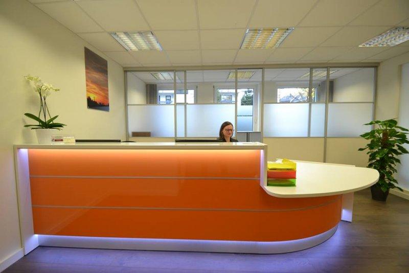 empfangstheken hochglanz stock design l form theken orange