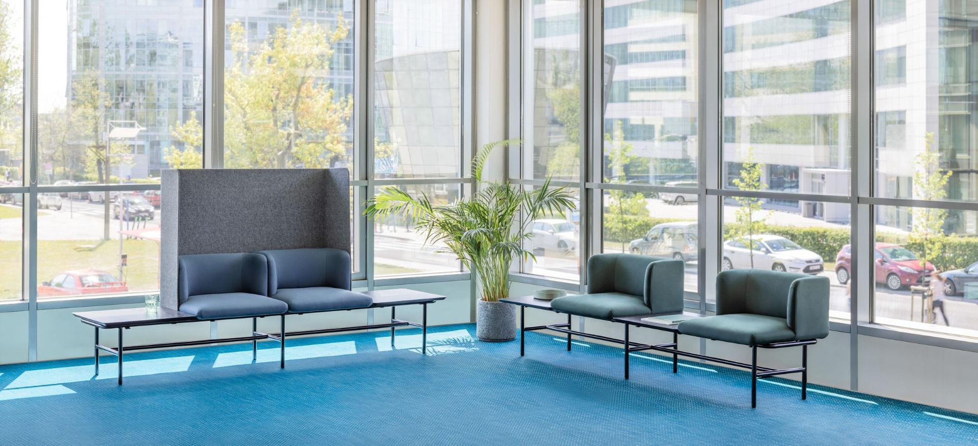 empfangstheken sitzmoebel foyer kanzlei schlicht gruen hellblau sitzbank side
