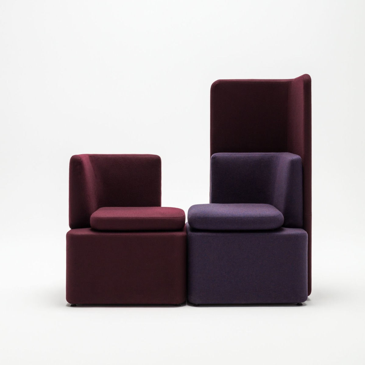 empfangstheken sitzmoebel studiomoebel violett blau rot